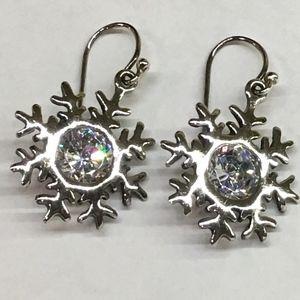 Silpada Sterling Silver Snowflake Earrings - NWOT